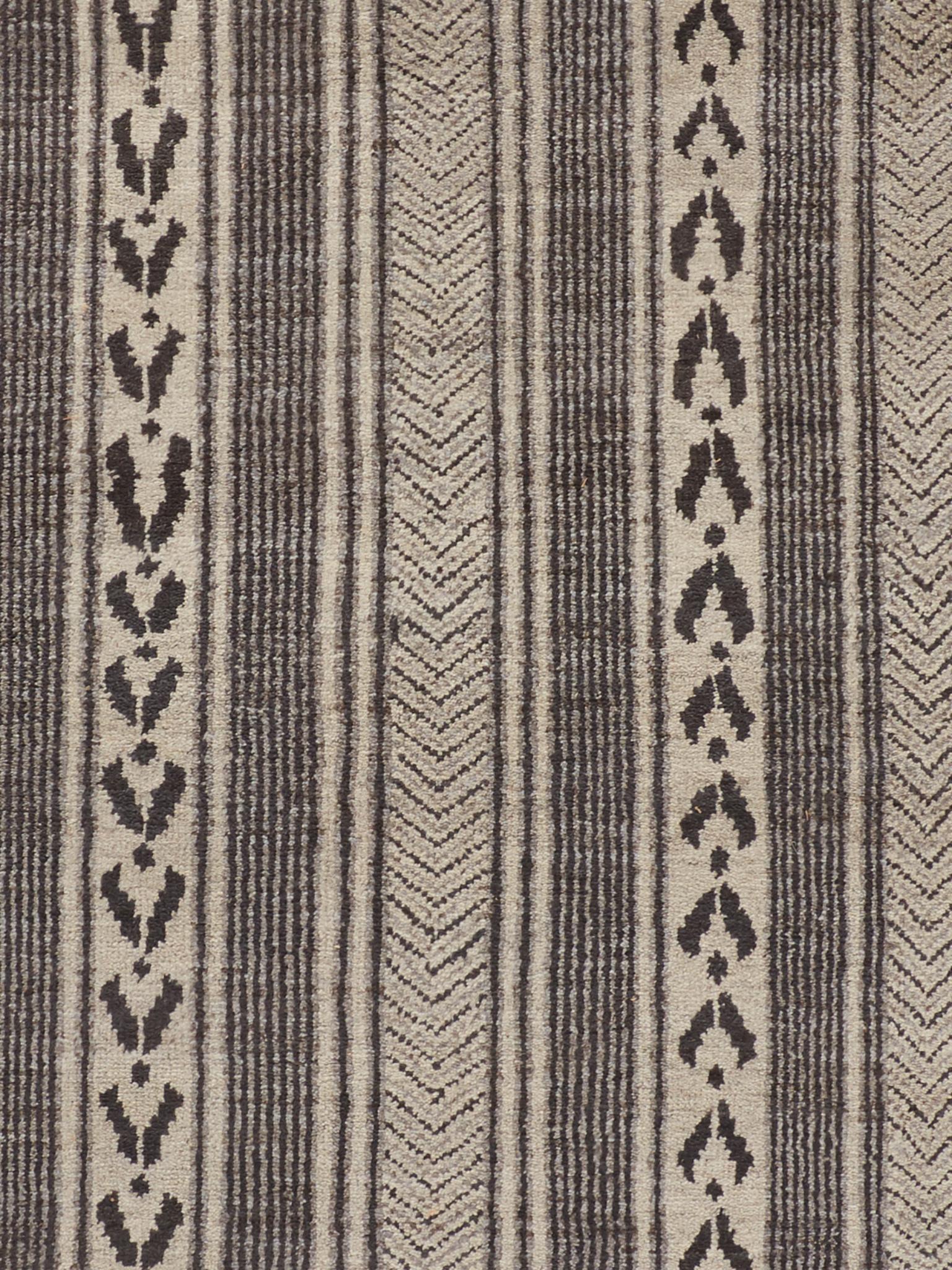 Harrison Design Victoria Hagan Chevron Alt Stripe Rug